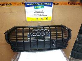 Audi Q3 nieuw voor Grill orgineel Zwart hoogglans 83A853651B