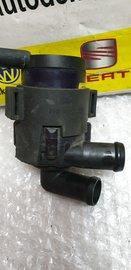 Extra Waterpomp 7E0965561C