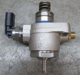 Brandstofpomp Mechanisch 06L127027B