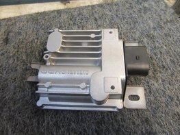 VW Touareg 7P 3.0 TDI V6 Regelapparaat brandstofpomp 7P0906093B