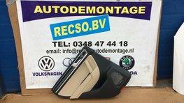 VW Touareg 7P Binnen deur paneel links achter 7P6867211