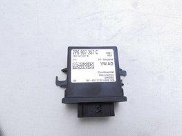 Regelapparaat voor bochtenverlichting en lichtbundelhoogteverstelling 7P6907357C