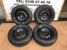 VW Golf 5 6 7 Winter set Winterbanden Goodyear 4 seizoen 195/65/15