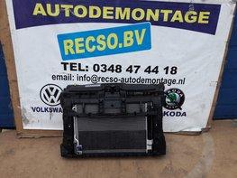 VW Beetle 2.0 TDI Front met koelers 5C5805588AD 5K0121251S 5C0121251L