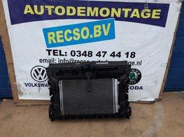 Caddy 1.6 2.0 TDi 2011 Front met koelers 1K0121251DM 1K0145803BM