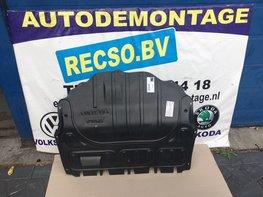 VW polo 1.2 TDI onder bodem plaat Geluidsdemping Nieuw