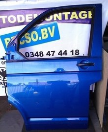 portier deur T5 Transporter links voor ravenna blue LA5W