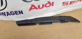 Audi A3 S3 8V RECHTER SCHERM BESCHERMER 8V0821112C