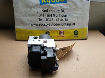 ABS Pomp 8E0614111AB 0273004281