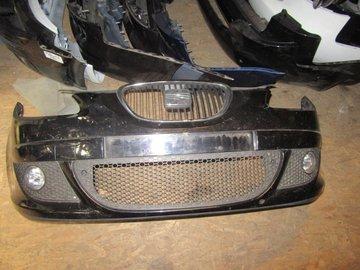 Seat Altea 2005 voorbumper bumper Zwart Metallic