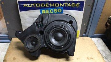 Audi A8 / S8 links voor speaker 4E0035381