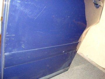 Audi A2 portier deur links achter blauw krasjes kaal