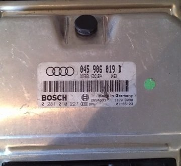 ECU Computer 045906019D  Audi A2 1.2 TDI ANY