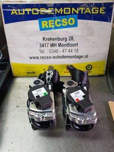 VW Tiguan 5NA gordelset dubbel onsteking Links + Rechts