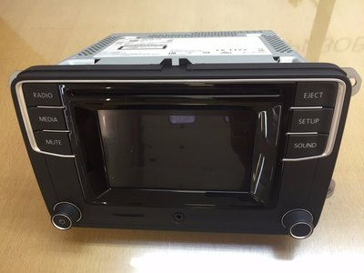 Scirocco Passat CC Caddy cd aux SD touchscren 1K8035150