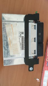 VW Golf 6 Electronic Control Unit ( ECU ) 04E907309AE