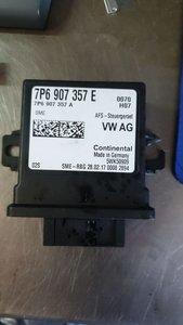 Regelapparaat voor bochtenverlichting en lichtbundelhoogteverstelling 7P6907357E /A