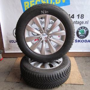 Vw Passat Whirl Velg Michelin Winterband 2156016 561601025