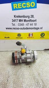 VW TRANSPORTER T5 STUURPOMP 2.5 tdi 7H0422153A