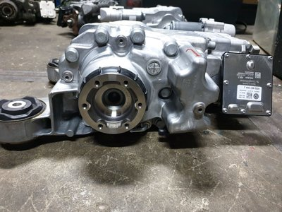 VW Passat Differentieelhuis asaandrijving 0CQ525010L 0CQ525554T