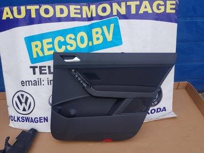 VW Touran Binnen deur paneel rechts achter 5TA867212